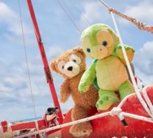 ハワイのダッフィーの新しい友達は亀:モフモフだけがフレンズじゃない![公式情報]